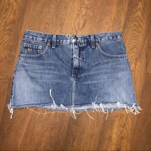 Marc Jacobs Jean mini skirt. Size 4.